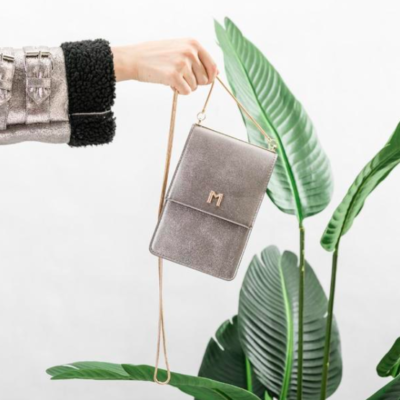 We may be in love with this small vegan bag…